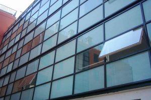 نمای شیشه ای فریم لس